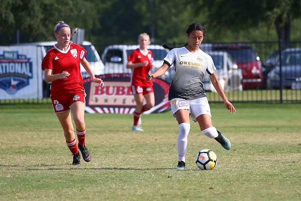Legends FC Advances to 16U Girls Semifinal