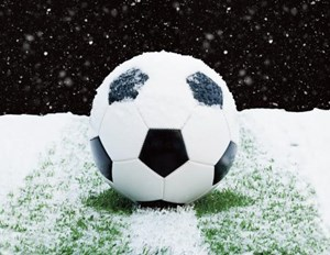 soccer-ball-snow-1